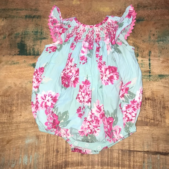678dc3801c768 Smocked Auctions One Pieces   Floral Bubble Girls Size 18m   Poshmark